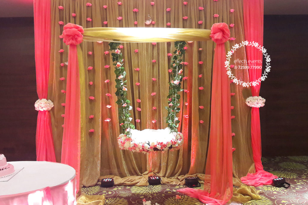 Cradle ceremony uyyala function sonika madala 39 s blog for Baby shower function decoration